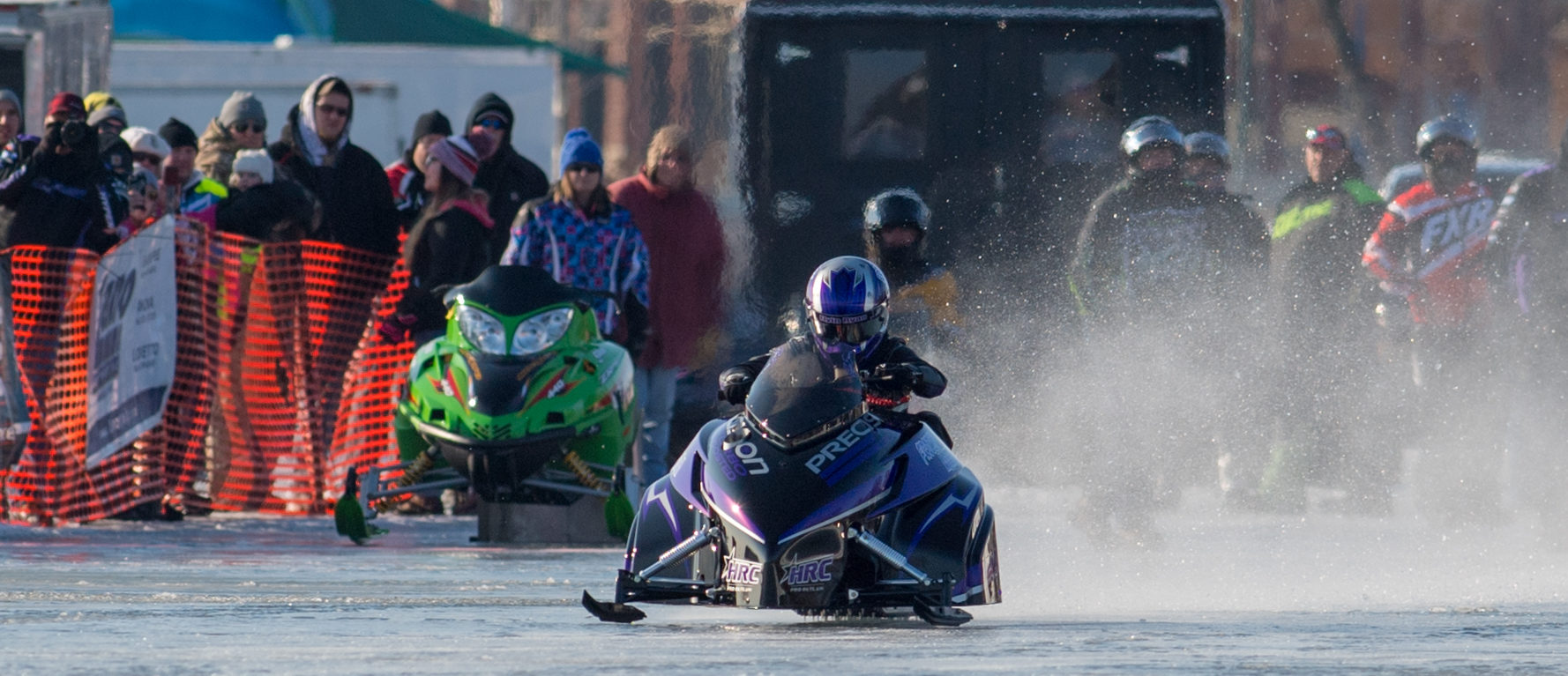 Battle On the Bay in Green Bay – National Straightline Snowmobile Racing